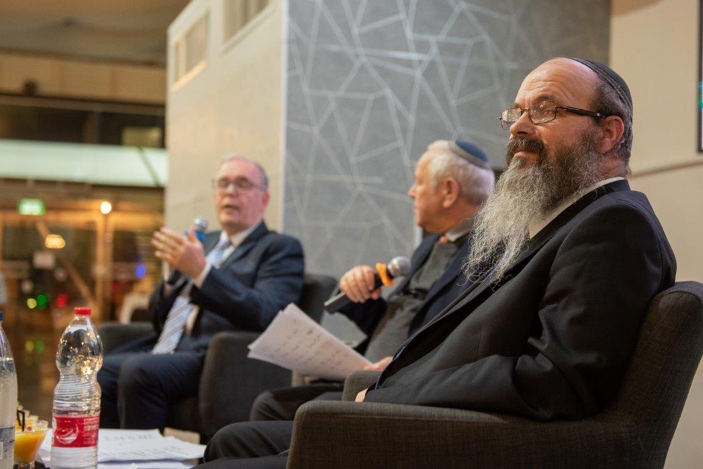 יסודות פתח תקוה - שיח אחים עם הרב מיכה הלוי ופרופסור יונתן הלוי (9)